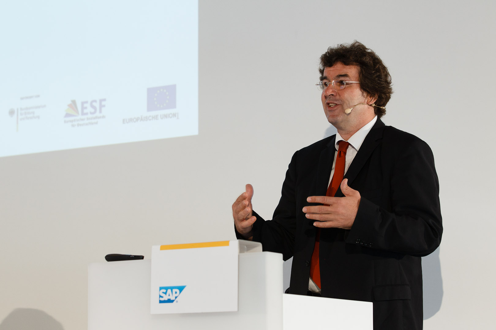 Prof. Dr. Rainer Trinczek